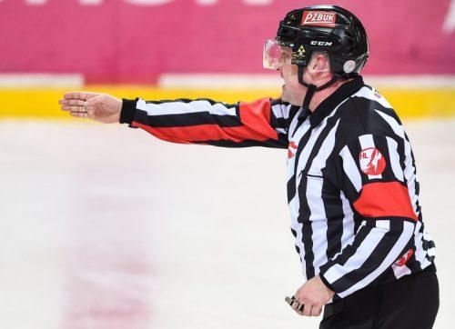 Szwed poprowadzi mecz w Tychach