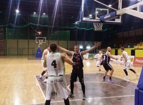 Koszykarze przegrali z Górnikiem